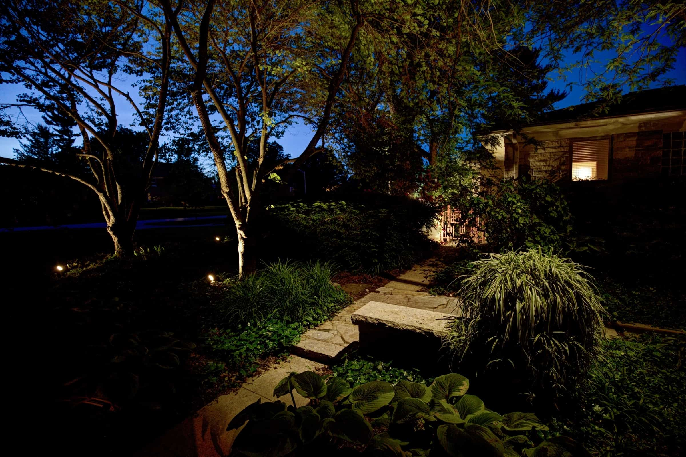 Architectural landscape lighting red oak outdoor lighting best landscape lighting designer mozeypictures Image collections